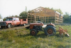 The Barn of Straubing Vineyard under construction in 1978